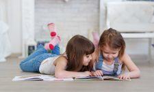 Cum ne jucăm și învățăm când copiii nu merg la grădiniță și la școală